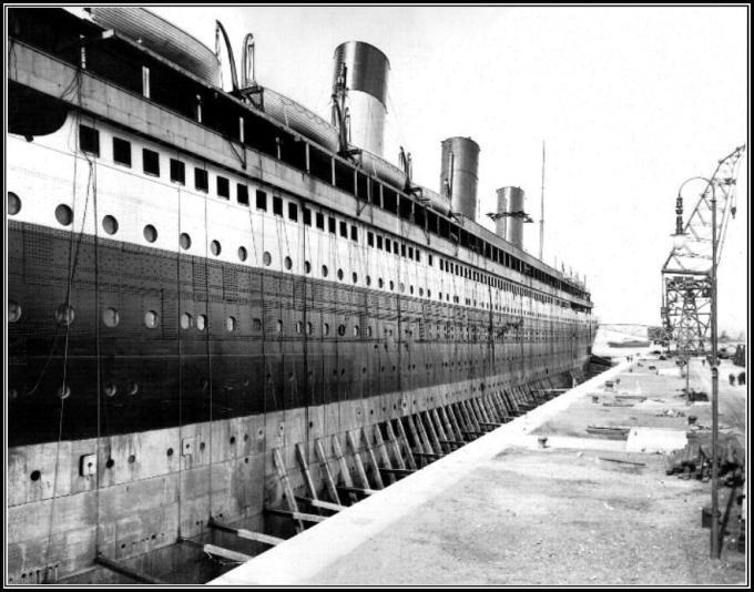 Titanic in Thompson Dry Dock 4