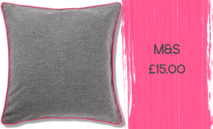 M&S Contrast Piped Cushion